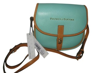 Dooney & Bourke And New Leather Pebbled Spring Cross Body Bag