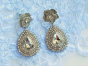 Bridal Silver Plated Flower Austrian Crystal Earrings