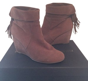 Sugar Brown Boots