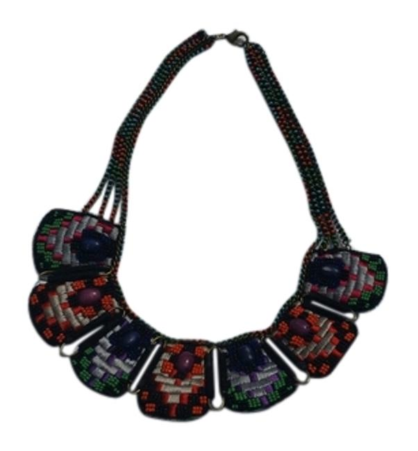 Item - Multicolor Embroidered & Beaded Necklace