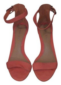 Gianni Bini Peach Pumps