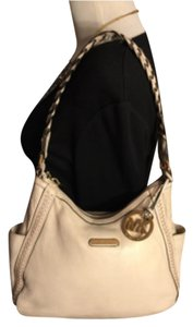 Michael Kors Satchel in Light Beige/Cream