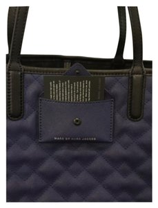 Marc by Marc Jacobs Tote in Navy With Black Trim