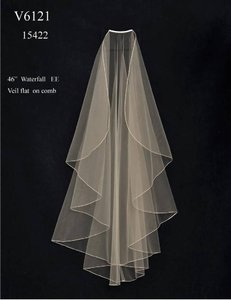J.L. Johnson Bridals Knee Length Waterfall Wedding Veil V6121 In Ivory