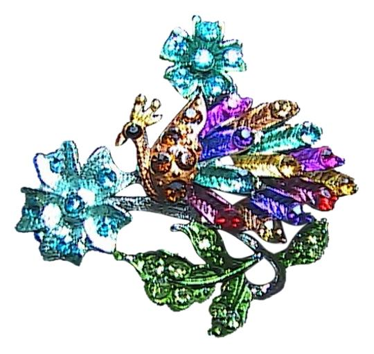 Preload https://img-static.tradesy.com/item/1172711/multi-color-rhinestone-peacock-brooch-0-0-540-540.jpg