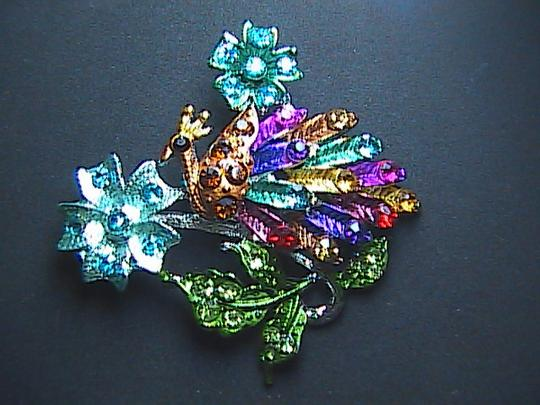 Other Gorgeous Peacock Multi color Rhinestone Brooch Image 3