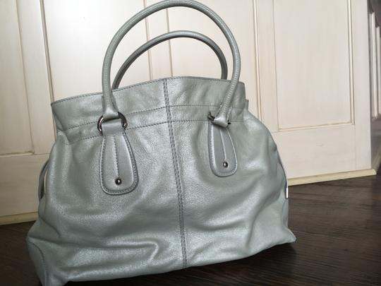 Tod's Leather Tote in Light Green/Gray