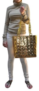 Marc by Marc Jacobs Tote in Gold