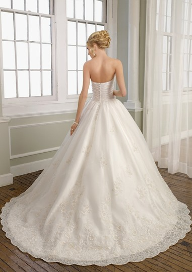 Mori Lee Ivory Satin Organza and Lace 1657 Formal Wedding Dress Size 10 (M)