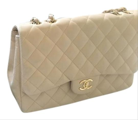 Preload https://item3.tradesy.com/images/chanel-quilted-chain-leather-shoulder-bag-beige-1173557-0-3.jpg?width=440&height=440