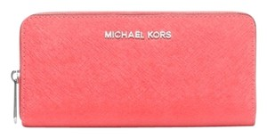Michael Kors Michael Kors Travel Zip Around Continental Wallet