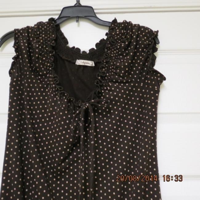 6 Degrees Top brown with tan polka dots