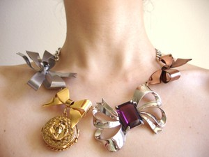 Banana Republic bow statement necklace and earrings set