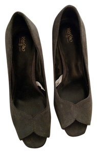 Mossimo Supply Co. Suede Patten Leather Heel Grey Pumps