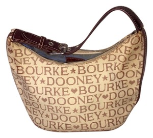 Dooney & Bourke Tote in tan/cream