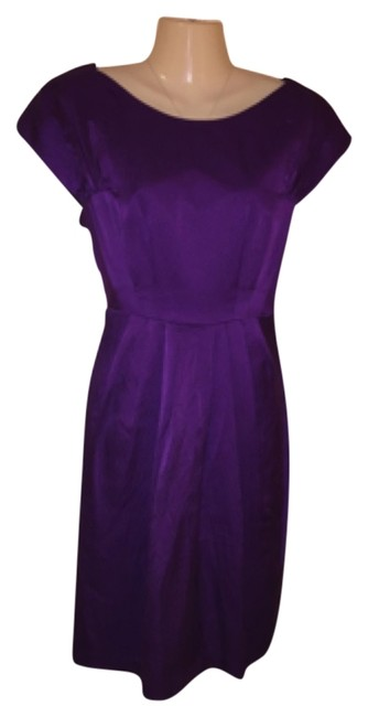Item - Plum Knee Length Night Out Dress Size 6 (S)