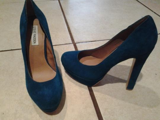 Steve Madden Blue Teal Pumps