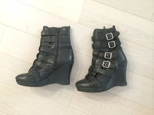 Jeffrey Campbell Buckles Straps Edgy Black Boots