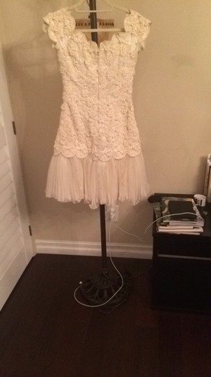 Ivory Lace Heavy and Pearl Made Sax Fifth Avenue Vintage Wedding Dress Size 4 (S)