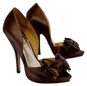 Badgley Mischka Bronze Peep Toe Bow Heels Bow Heels Pumps