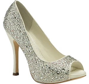Benjamin Adams Swarovski Rhinestones Silk Crystal Covered Platform Ivory Pumps
