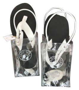 Flipflops Black and white Sandals