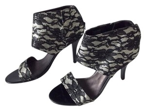 Madeline Stuart Heels Black And White Lace Sandals