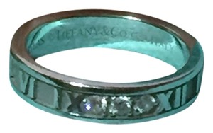 Tiffany & Co. TIFFANY & CO - Solid 18k 18kt White Gold - ATLAS Ring Band with a Trio of Diamonds - Retail = $1950