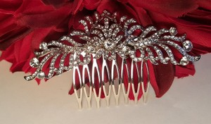 Gorgeous Bridal Hair Comb Cz Rhodium Plated