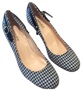 Preview International Black/white houndstooth Pumps