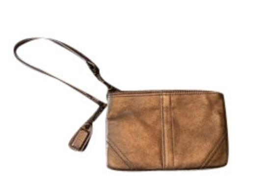 Preload https://item4.tradesy.com/images/coach-purse-metallic-gold-leather-wristlet-11753-0-0.jpg?width=440&height=440