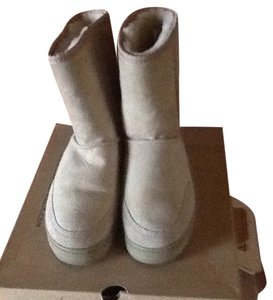 UGG Australia Women's Size 8 Made In New Zealand Women's Ugg Short Sand Boots