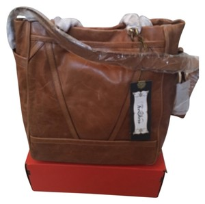 Tre Vero Satchel in Brown
