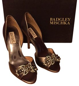 Badgley Mischka Leather Sole metalic Formal