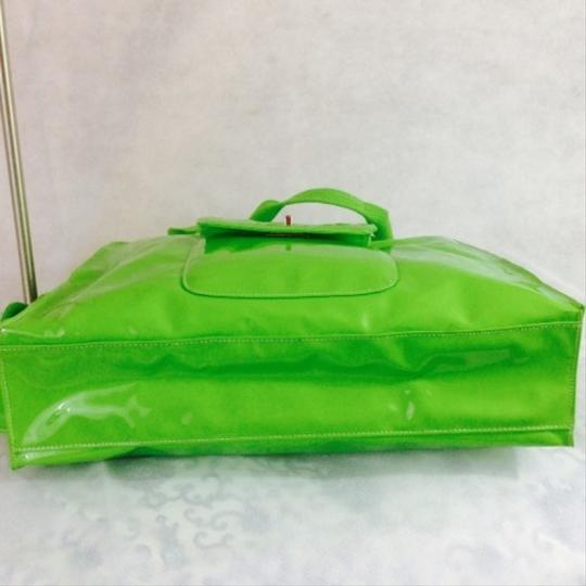 Sondra Roberts Spring Summer Bright Neon Tote in Green