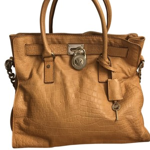 Michael Kors Hamilton Tote in Luggage