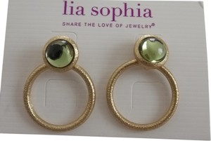 Lia Sophia Lia Sophia Prelude Earrings matte gold with green stones