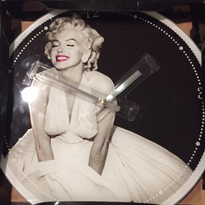Marilyn Monroe Marilyn Monroe Glass Clock