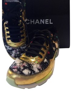 Chanel Black/hot pink/white multi tweed Athletic