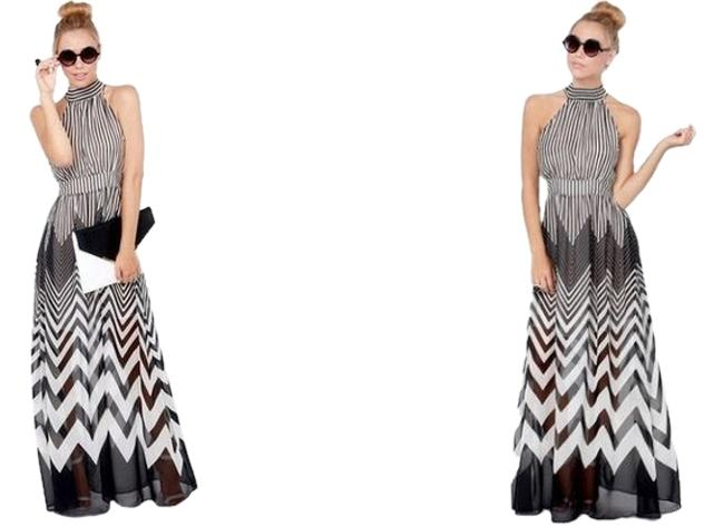Item - Black/White Chevron Halter Tie Long Casual Maxi Dress Size 8 (M)