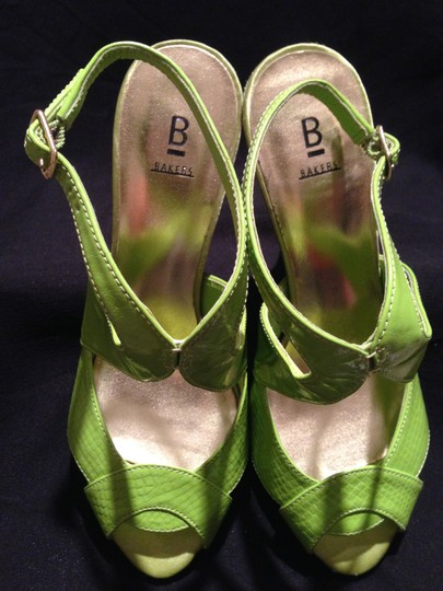 Bakers GREEN Sandals Image 4
