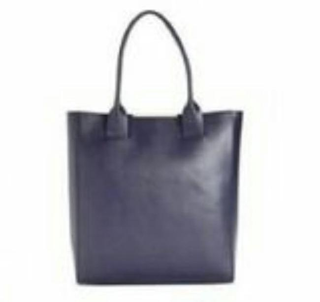 Item - Cleo Navy Leather Tote