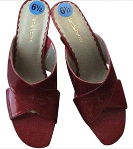 Liz Claiborne Red Wedges