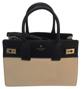 Kate Spade Satchel in BISCOTTO/BLACK