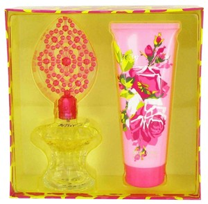 Betsey Johnson BETSEY JOHNSON ~ Gift Set -- 3.4 oz Eau de Parfum Spray + 6.7 oz Bo...
