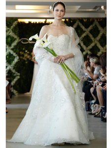 Oscar De La Renta 44e08 Wedding Dress