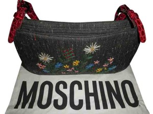 Moschino Vintage Baguette