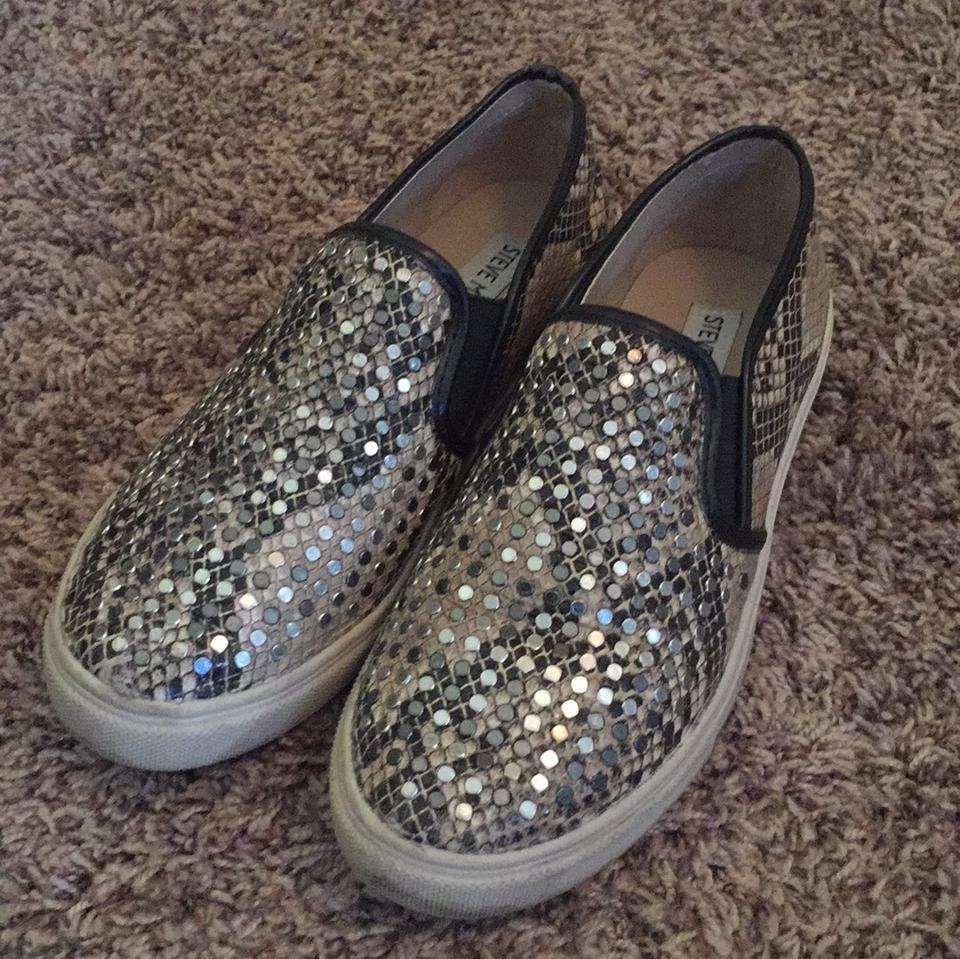 20a550ec977 Steve Madden Studded Snake-print Faux Leather Slip-on Sneakers Flats ...
