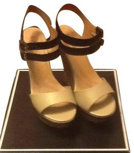 Mia Shoes Nude And Black Wedges