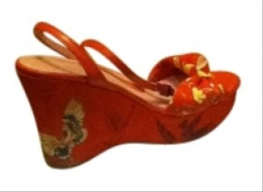 Via Spiga Leather Ankle Buckle Floral Canvas Leather Espadrille Red Platforms